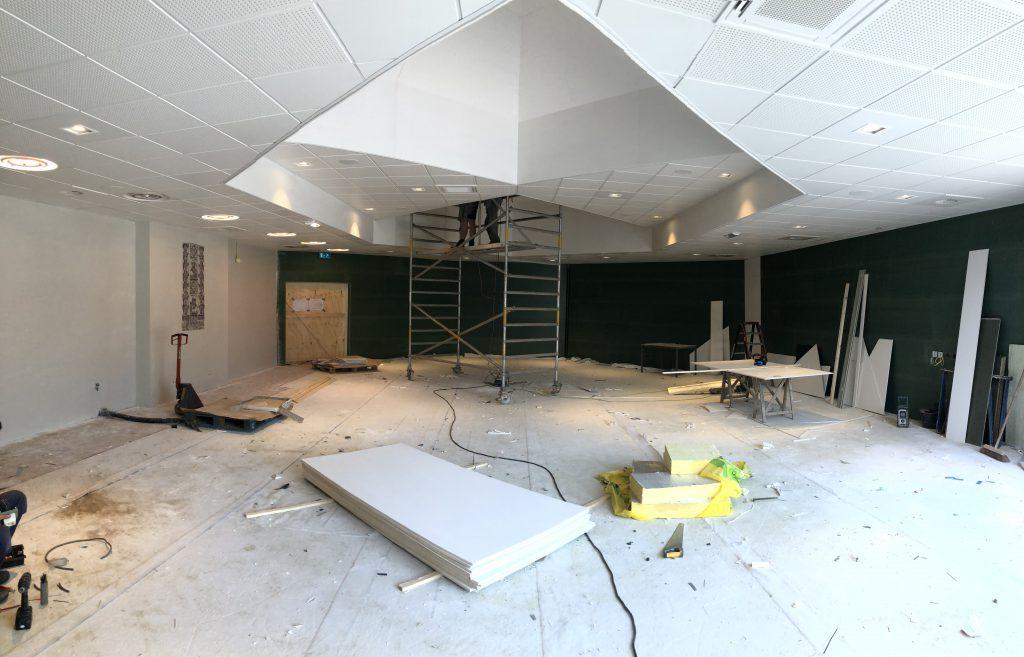 IMG 2716 1024x657 De vernieuwde Raadzaal van De Til: sfeervol, gedurfd en klaar voor de toekomst.