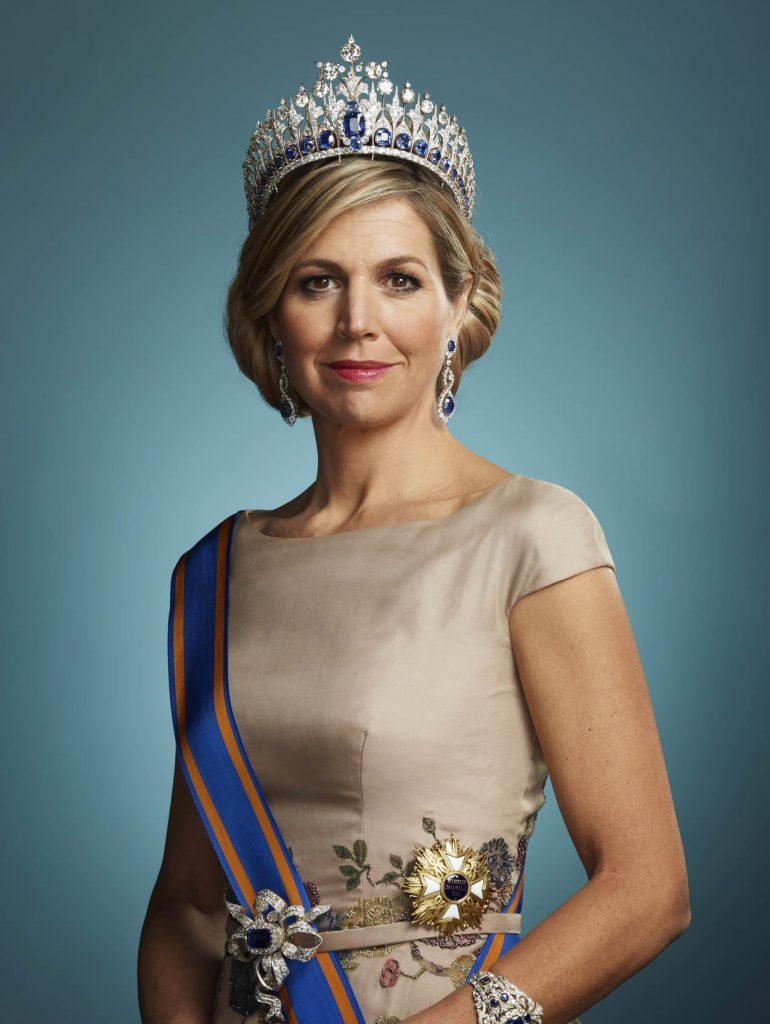 staatsiefoto koningin maxima 2018 erwin olaf 770x1024 Koningin Máxima brengt bezoek aan De Til